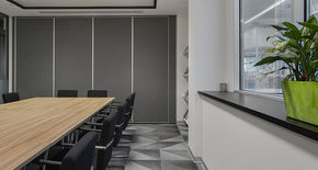 Photo Deaf sliding partitions NAYADA SmartWall H5/H7