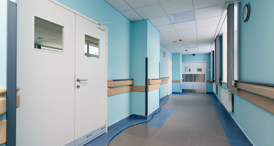 Photo Wall protection system in medical facilities