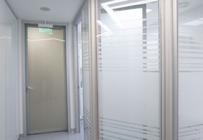 NAYADA-Intero-700 in project The dental center interior