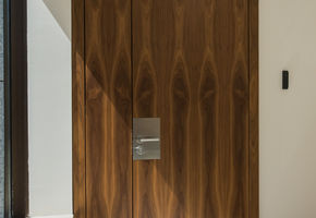 Exclusive doors in project Красные Холмы